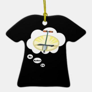 Estaría jugando bastante el palillo de Pogo Adorno De Cerámica En Forma De Camiseta