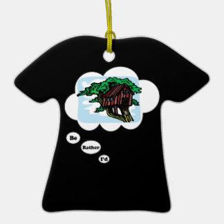 Estaría jugando bastante la casa en el árbol adorno de cerámica en forma de camiseta