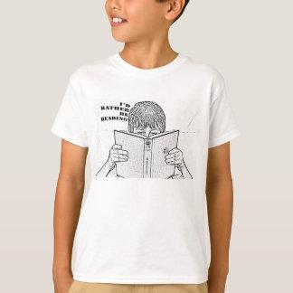 Estaría leyendo bastante la camiseta