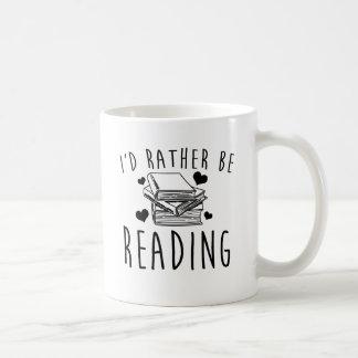 Estaría leyendo bastante taza de café