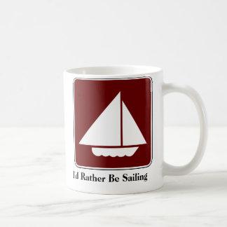 Estaría navegando bastante la taza de café