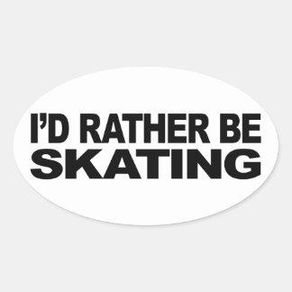 Estaría patinando bastante pegatina ovalada