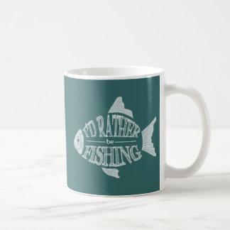 Estaría pescando bastante - diseño lindo de los taza de café