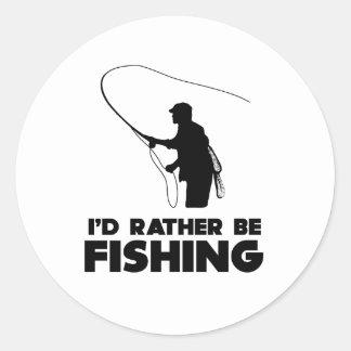 Estaría pescando bastante pegatina redonda