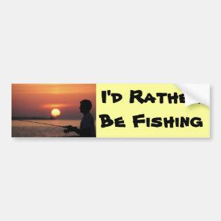 Estaría pescando bastante, pesca del hombre en pue pegatina para coche