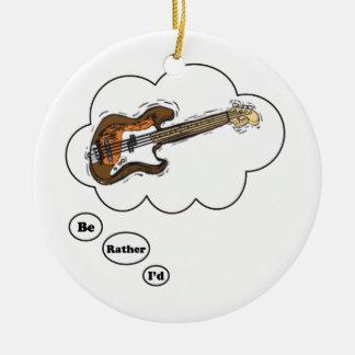 estaría tocando bastante la guitarra baja ornamentos para reyes magos