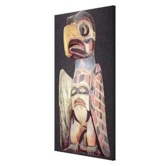 """Estatua de """"Thunderbird"""" del Haida (madera pintada Impresión En Lienzo"""