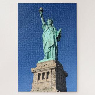 Estatua del rompecabezas de la libertad