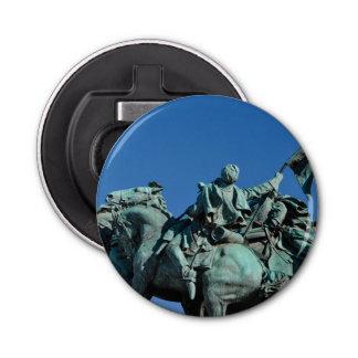Estatua del soldado de la guerra civil en abrebotellas redondo
