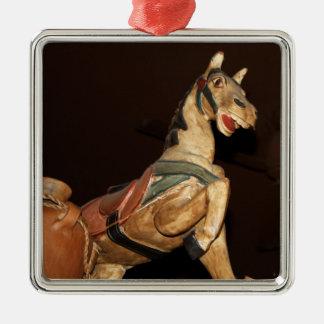 Estatua y decoración del caballo en el restaurante