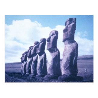 Estatuas de la isla de pascua postal