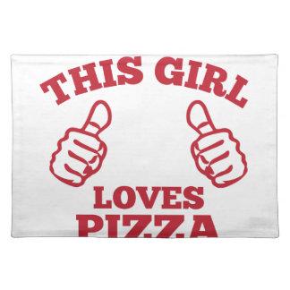 Este chica ama la pizza salvamanteles