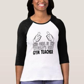 Este chica es el mejor profesor del gimnasio del camiseta
