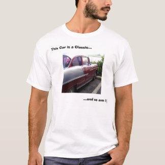 Este coche es un clásico… camiseta