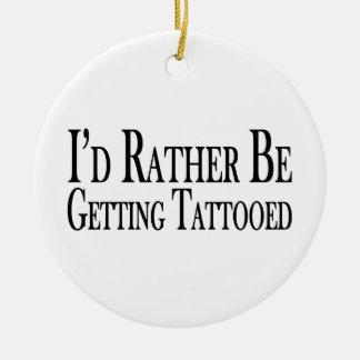 Esté consiguiendo bastante tatuado adorno redondo de cerámica