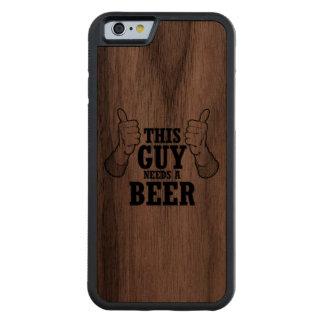 Este individuo necesita una cerveza - humor del funda de iPhone 6 bumper nogal
