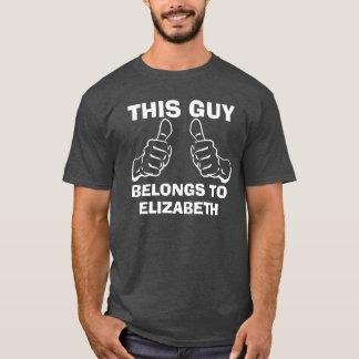 Este individuo pertenece para incorporar el camiseta