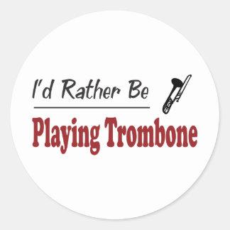 Esté jugando bastante el Trombone Pegatina Redonda