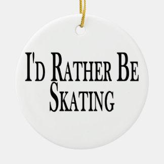 Esté patinando bastante ornamentos de navidad