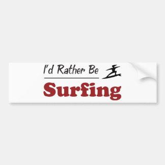 Esté practicando surf bastante pegatina para coche
