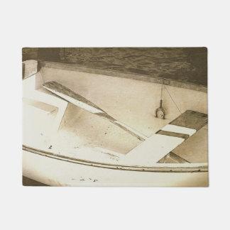 Estera de puerta náutica del barco viejo del bote