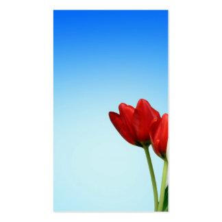 Estética blanca roja de la primavera de los tulipa plantillas de tarjetas personales