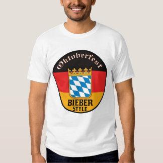 Estilo de Oktoberfest - de Bieber Camiseta