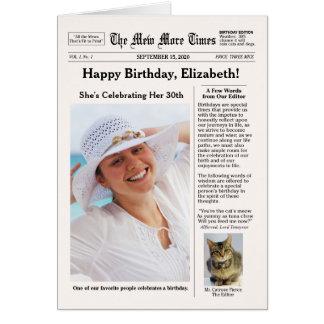 Estilo del periódico con cumpleaños del tarjeta de felicitación