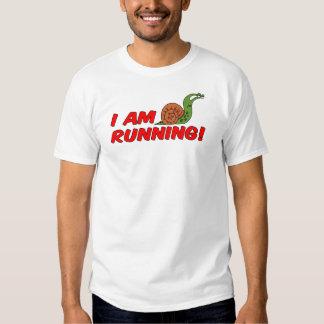 Estoy corriendo el caracol camiseta