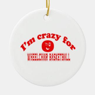 Estoy loco para el baloncesto de silla de ruedas adorno para reyes