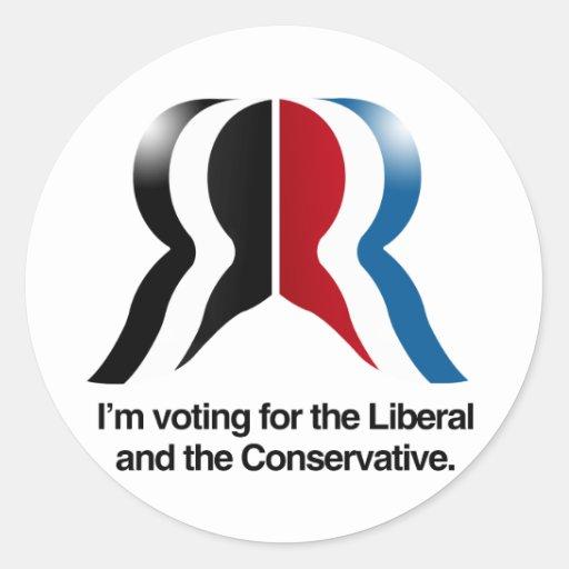 Estoy votando por el liberal y el conservador etiqueta redonda