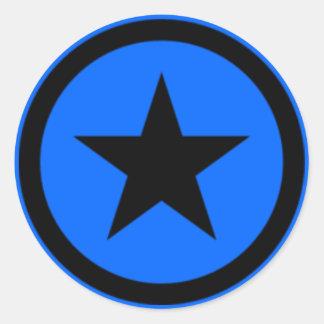 Estrella azul pegatina redonda