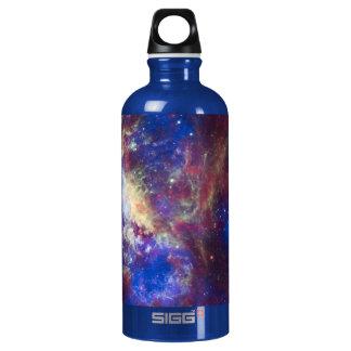 Estrella de la nebulosa del Tarantula que mira la Botella De Agua
