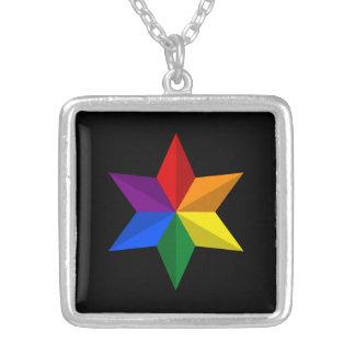 Estrella del orgullo gay colgante cuadrado