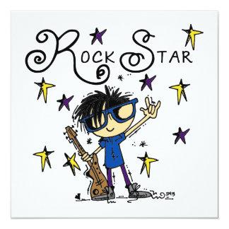 Estrella del rock del muchacho del pelo negro invitacion personal