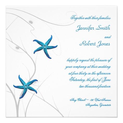 Estrellas de mar azules con la invitación coralina
