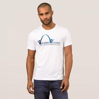 Estudiante a la camiseta del estudiante