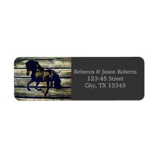 Etiqueta boda temático del caballo occidental de madera