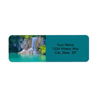 Etiqueta Cascada en el parque nacional de Plitvice en