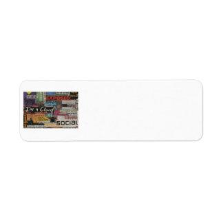 Etiqueta collage de papel único de recortes de revista