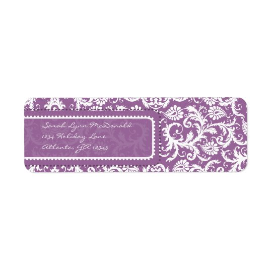 Etiqueta Damasco púrpura en el remite del ciruelo
