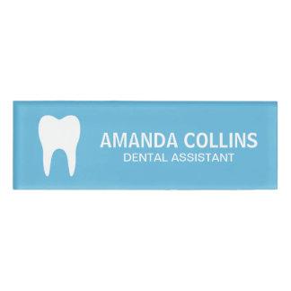 Etiqueta De Nombre Dentista de encargo del ayudante de dentista del