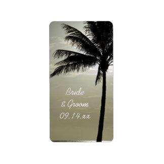 Etiqueta del favor del boda de playa de la silueta