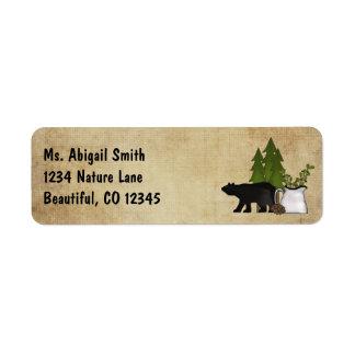 Etiqueta Dirección rústica del oso de la silueta del país