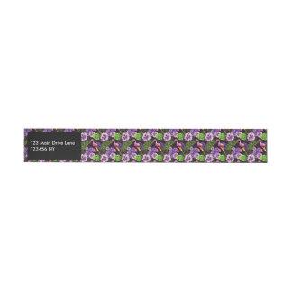 Etiqueta Envolvente De Dirección Modelo tropical púrpura negro de la acuarela de la
