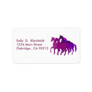 Etiqueta Fantasía púrpura de los caballos