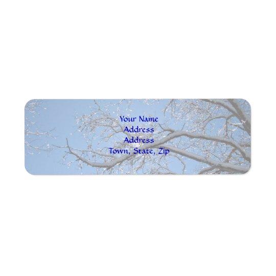 Etiqueta Hielo que brilla y árboles nevados