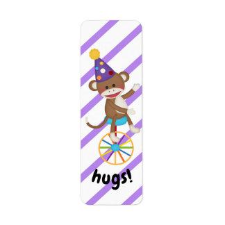 Etiqueta La rueda del Unicycle del mono del calcetín abraza