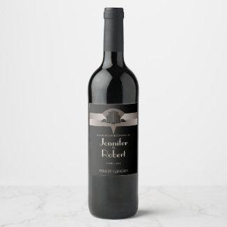 Etiqueta negra y de bronce del vino de la torre