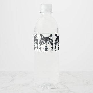 Etiqueta Para Botella De Agua Lobo negro del ilustracion